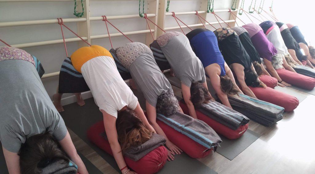 Cómo son las clases de Yoga Mujer