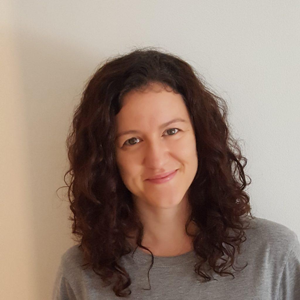 ÁNgeles Bravo, profesora de Yoga en Centro Mushin